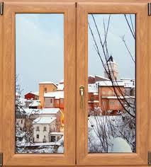 finestra con neve